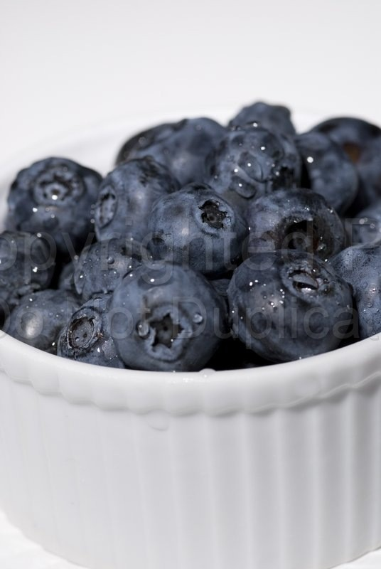 Food & Drink - Tom Warner Photography blueberry, blueberries, ramekin, bowl, fruit, container, health, healthy, food, breakfast, vitamins, minerals, dine, dining, snack, organic